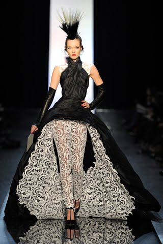 Haute couture sew fierce for Haute couture houses list